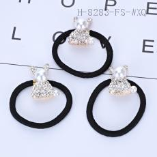 Rabbit Ear Ring